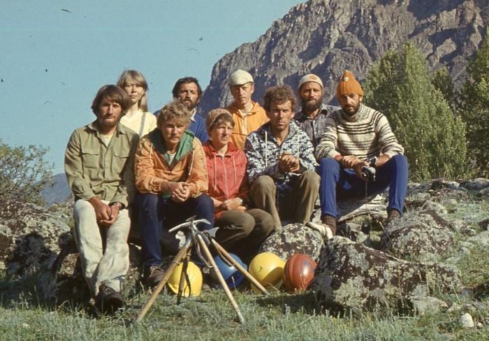 Туристические походы по России до сих пор пользуются большой популярностью / Фото: pbs.twimg.com
