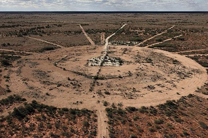 На территории полигона прошло семь испытаний оружия, из-за которых на материке осело до 27 килотонн тротила / Фото: media4.s-nbcnews.com