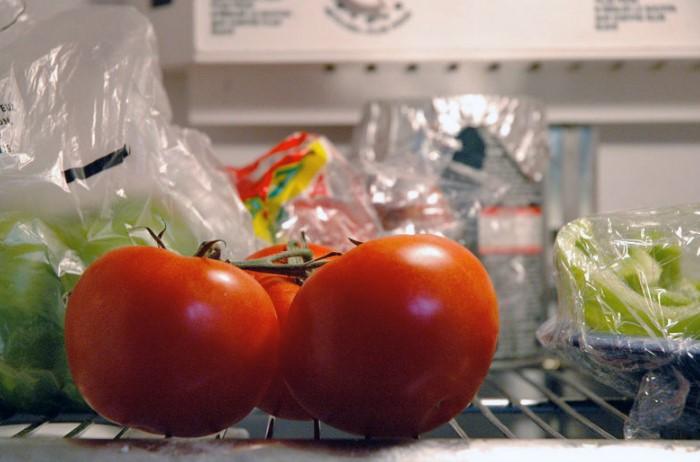 В прохладной температуре томаты теряют вкус / Фото: img.anews.com