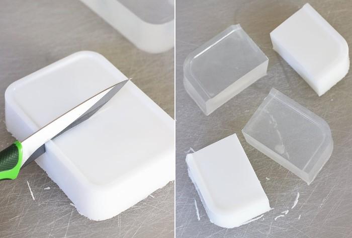 Порежьте мыло на мини-мыльца и раздайте друзьям / Фото: diy-samodelki.ru