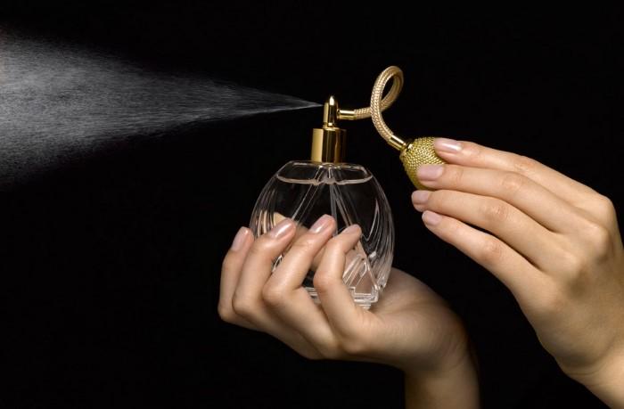 Хороший парфюм добавит изюминки вашему образу / Фото: blog.allo.ua