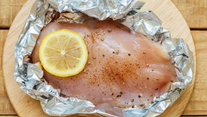 На какой стороне запекать блюдо - не принципиально / Фото: infotime.co
