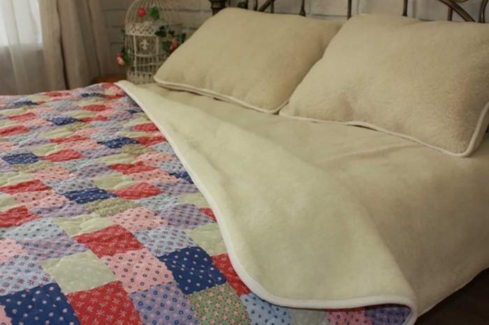 При неправильном уходе шерстяные изделия могут сесть и деформироваться / Фото: домашний-текстиль.com