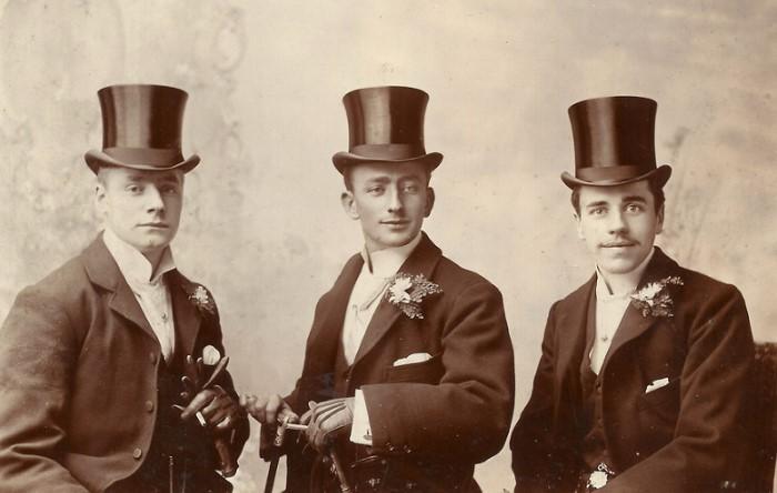 Фетр для шляп изготавливался с добавлением ртути, поэтому мастера часто страдали сумасшествием / Фото: forexdengi.com