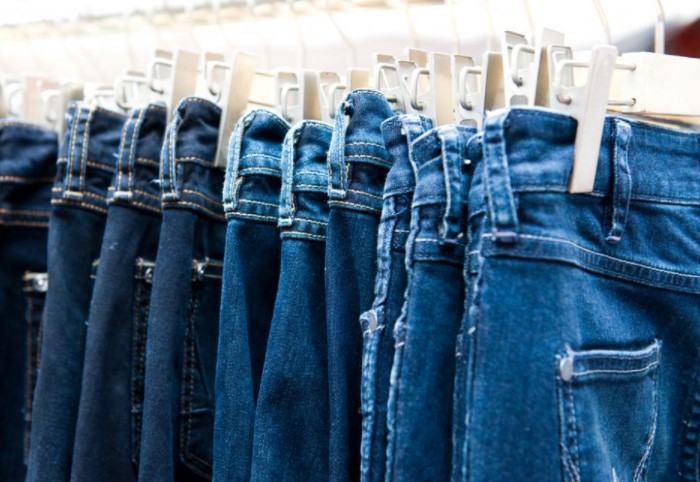 B КНДР джинсы классического синего цвета находятся под строжайшим запретом / Фото: slovenskenovice.si