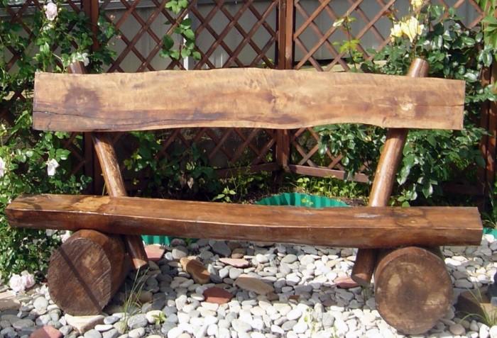 Подходит как обработанная древесина, так и доски с корой / Фото: papakarlo.kherson.ua
