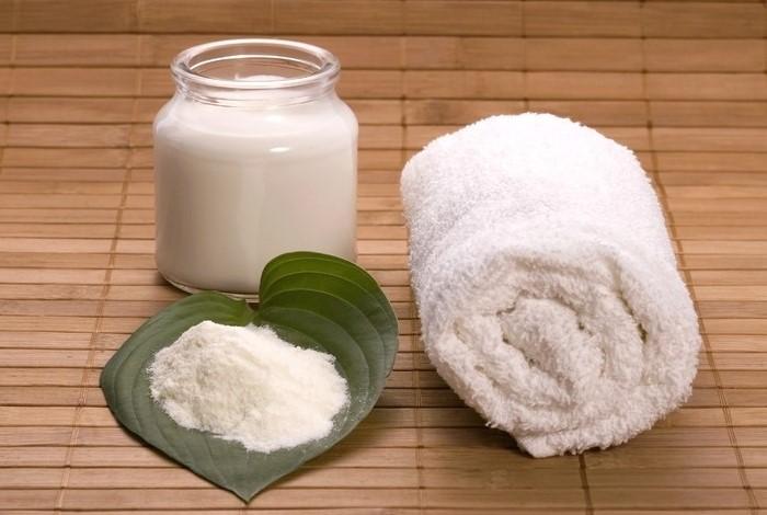 Сода деликатно смягчает текстильные изделия / Фото: omaske.ru
