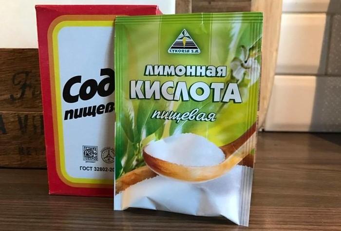 Тщательно вымешивайте тесто, чтобы не оставалось комочков соды / Фото: images11.domashnyochag.rufion.ru