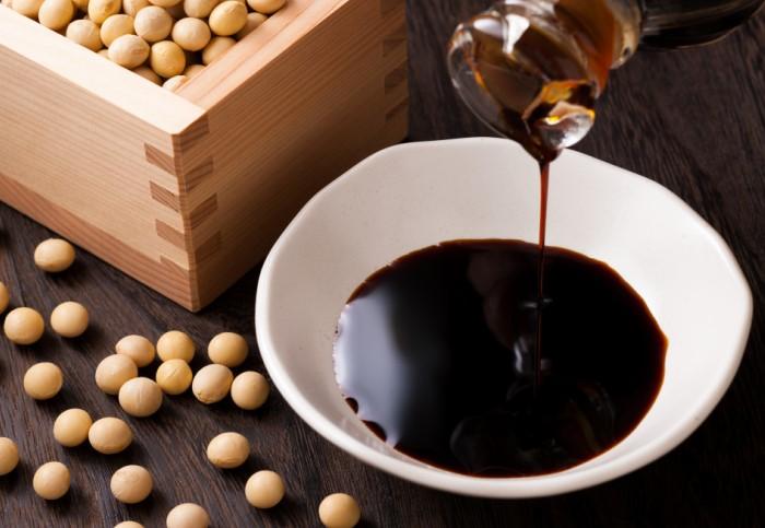 B открытой емкости соевый соус может храниться не менее трех лет / Фото: akcenty.com.ua