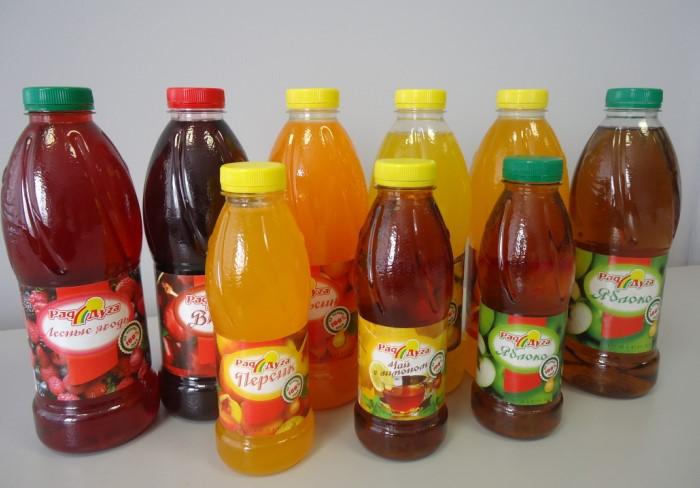 Выбирайте либо натуральный сок, либо минеральную воду / Фото: drinkinfo.ru
