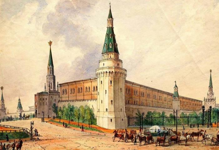 Спасская башня изначально называлась Фроловской, а первые куранты с нее сдали на лом / Фото: moscowfy.com