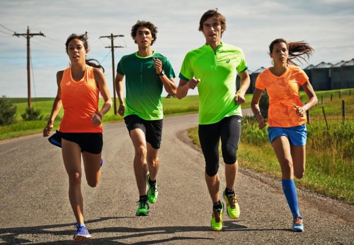 Заниматься спортом в форме из влагоотводящих материалов намного комфортнее / Фото: liveangarsk.ru