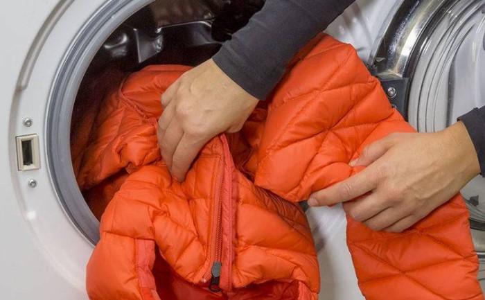Готовить верхнюю одежду к зиме нужно летом