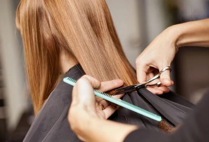 Не гонитесь за длиной волос, а подбирайте прическу, которая украсит именно вас / Фото: moyzhurnal.com