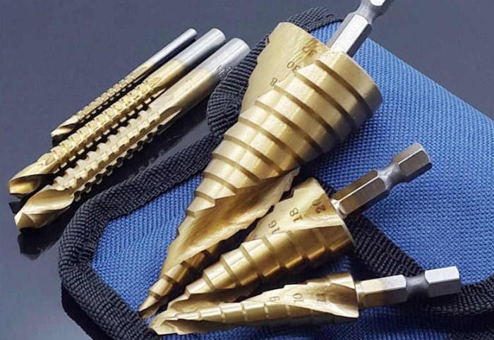 Благодаря ступенчатым сверлам отверстия получаются аккуратными и плавными / Фото: ae01.alicdn.com