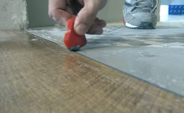 Паста или затирка подбираются в тон материалов или, наоборот, контрастными / Фото: lifehacker.org.ua