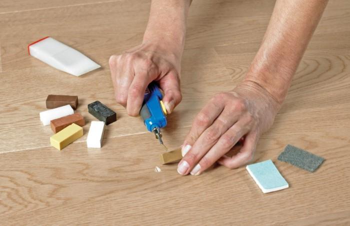 Для работы со сверхтвердым воском обязательно используйте плавитель / Фото: birzhaplus.ru