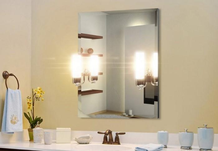 В ванной должно быть хорошее освещение / Фото: aqua-mart.ru