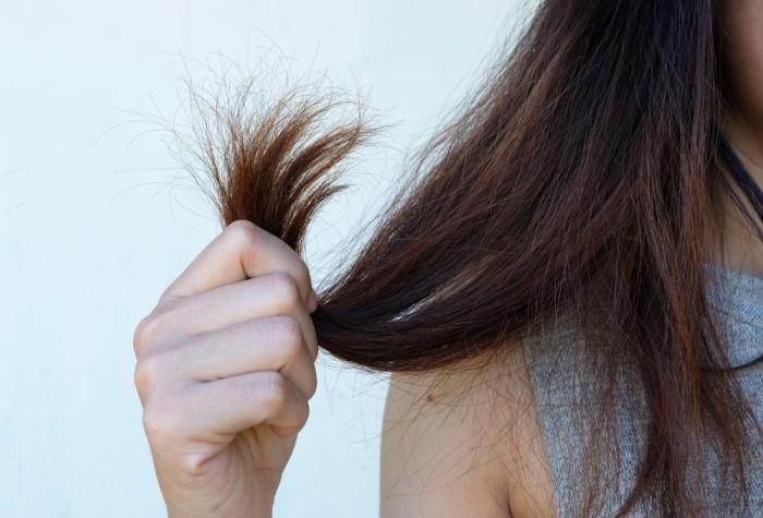 Тонкие волосы быстро пачкаются, плохо укладываются, путаются и практически лишены объема