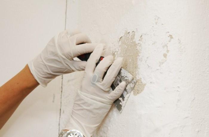 Сперва убедитесь, что у вас есть нужные инструменты, оборудование и средства защиты / Фото: psk-remont.ru