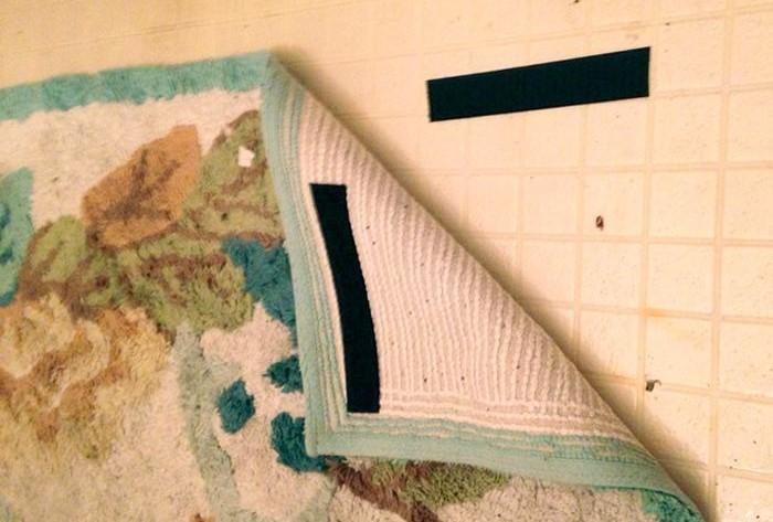 С загибающимися уголками встречаются многие владельцы ковров
