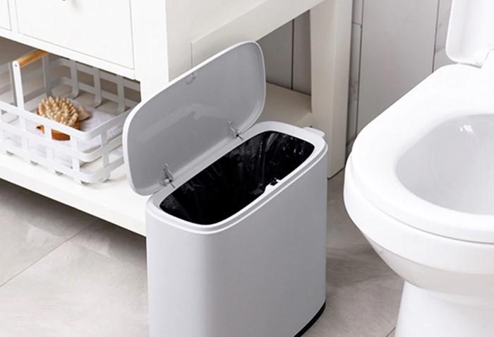 Выбрасывайте мусор в урну, а не в унитаз / Фото: ae01.alicdn.com