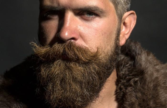 До недавних пор сотрудники Диснейленда не могли носить усы и бороду / Фото: funik.ru