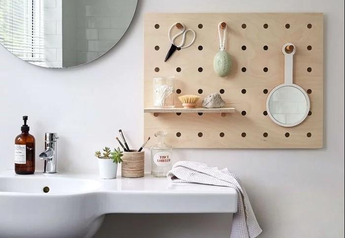 Выбирайте доску из влагостойкого материала или же обработайте имеющийся материал водозащитной пропиткой / Фото: imbuilder.ru