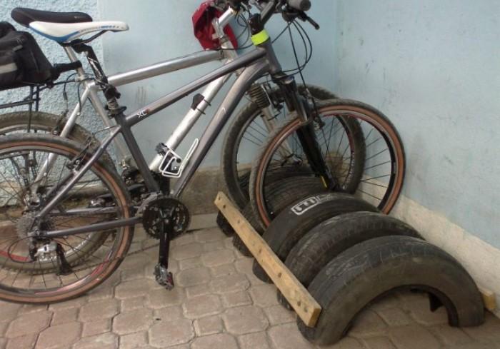Удобная стоянка для велосипедов / Фото: roomester.ru