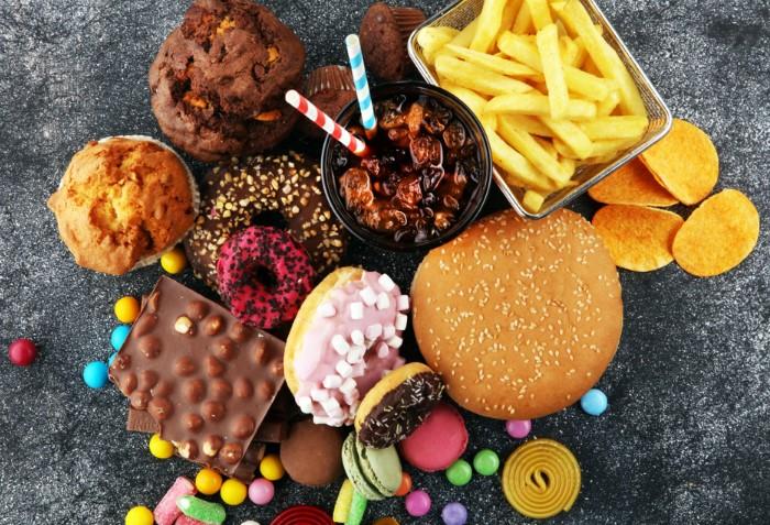 Откажитесь от вредной едой и замените ее белковой пищей / Фото: femmie.ru