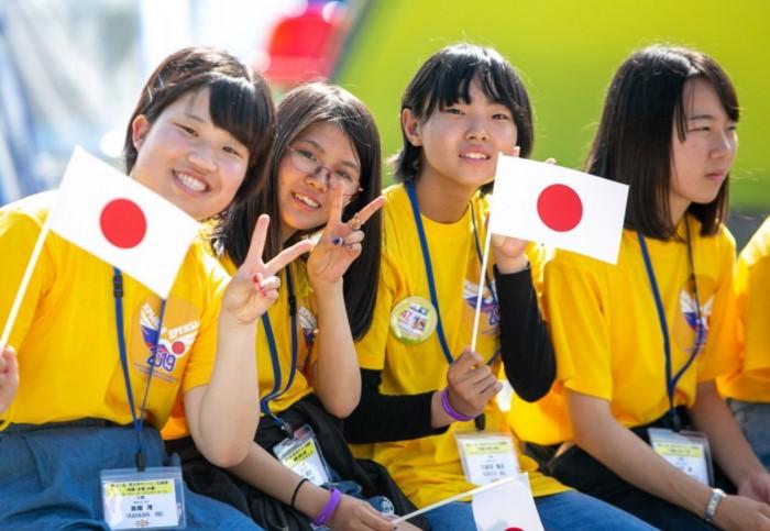 В Японии девушки уже с 13 лет могут законно вступать в половые отношения.  / Фото: static.sakh.com