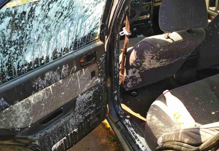 Йогурт взорвался в салоне машины / Фото: cdn12.img.sputnik.by