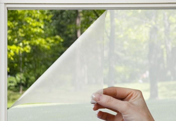 Покрытие помогает усилить свойства оконного стекла и придать ему дополнительных функций / Фото: sc01.alicdn.com
