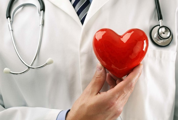 Пивной живот способствует развитию сердечно-сосудистых заболеваний / Фото: akcenty.com.ua