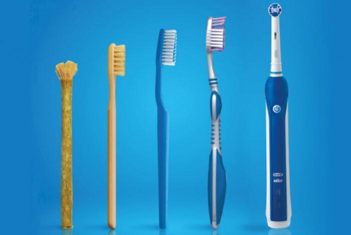 Эволюция зубных щеток / Фото: temperaturka.com