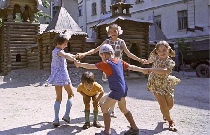 В СССР ребята знали немало подвижных игр, которые неизвестны современным детям