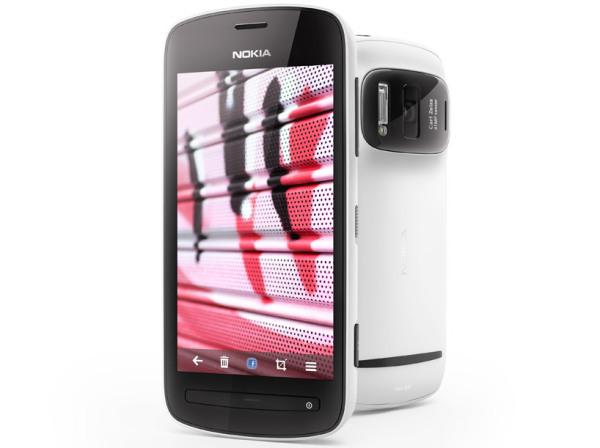Nokia 808 – телефон с 41-мегапиксельной камерой