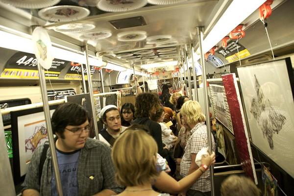 Art on Track – передвижной музей в поезде метро