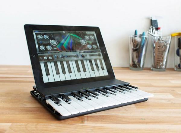 C.24 – iPad-пианино на две октавы