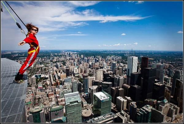 Высотные прогулки EdgeWalk по CN Tower в Торонто