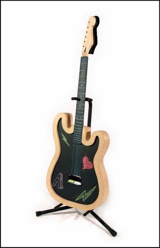 Гитара для рисования мелками