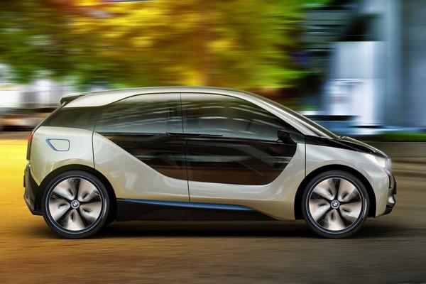 BMW i3 - первый электромобиль для DC Combo