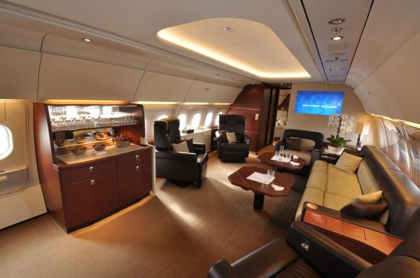 Airbus ACJ318 – корпоративный самолет-офис
