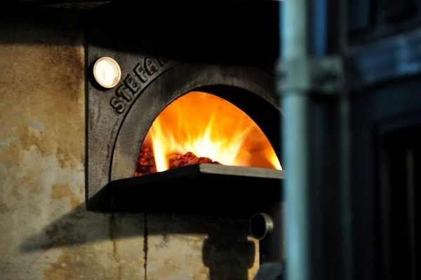Del Popolo — неаполитанская пицца на колесах
