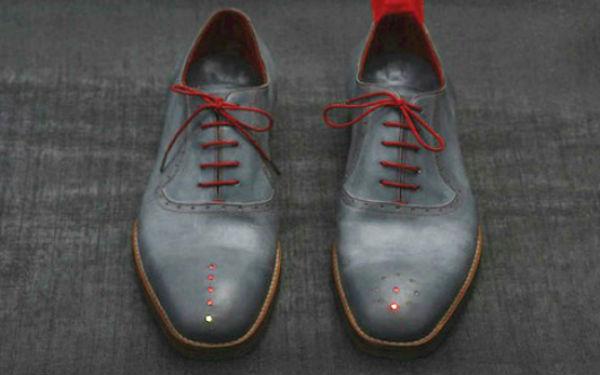 GPS-обувь от Доминика Уилкокса (Dominic Wilcox)