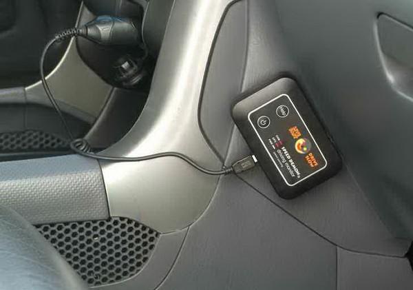 Speed Demon – родительский контроль в автомобиле