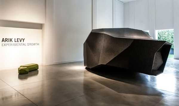 Дом-астероид от Арика Леви