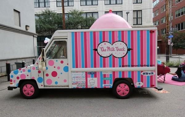 Milk Truck – фургончик для вскармливания малышей