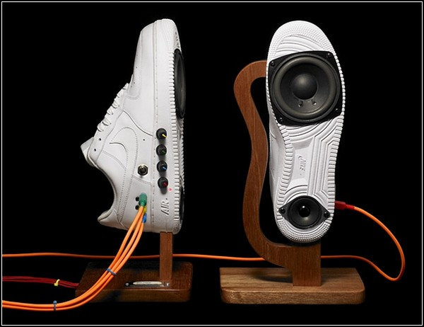 Колонки в стиле Nike