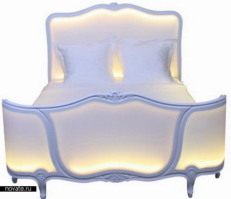 Романтическая светящаяся кровать